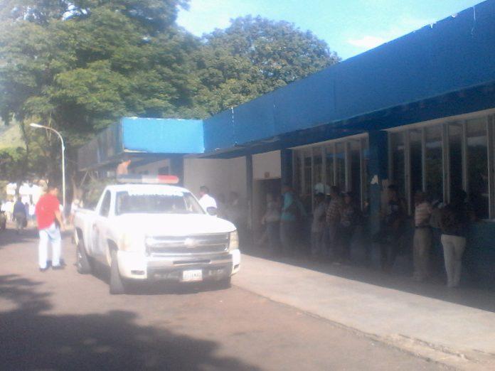 Durante un motín en la subdelegación del Cuerpo de Investigaciones Científicas, Penales y Criminalística de San Juan de los Morros, resultaron tres privados de libertad heridos.