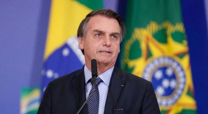 El presidente del país, Jair Bolsonaro, criticó una vez más la cuarentena decretada por algunos gobernadores y calificó a la enfermedad de