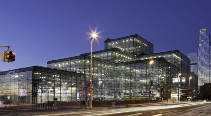El Centro de Convenciones Jacob K Javits tiene una extensión de más de 20 millones de metros cuadrados y fue convertido en un hospital de mil camas | Foto: Wikimedia Commons