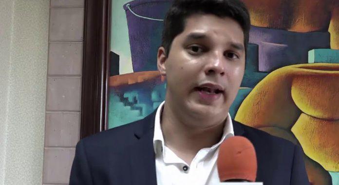 Alejandro Kafati, economista del Foro Social de la Deuda Externa en Honduras