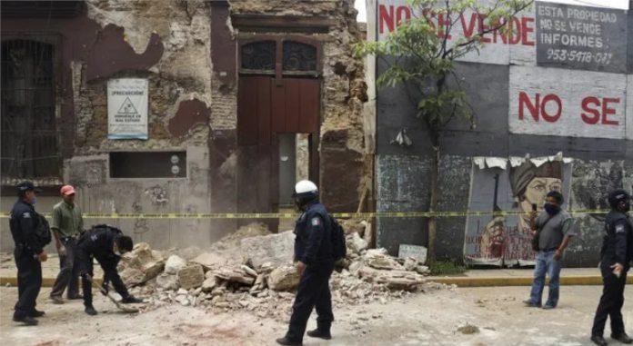 Algunos edificios civiles y hospitales sufrieron daños y tuvieron que ser desalojados | Foto: @MundoEConflicto, Twitter