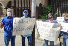 Manifestantes protestaron frente a la sede del Ministerio Publico en Lara para exigir la libertad de cinco miembros de Azul Positivo.