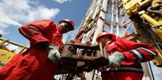 Maduro prometió elevar producción petrolera