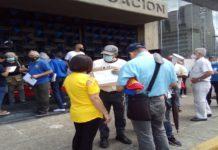 Protesta ante el Ministerio de Educación