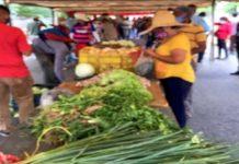 Vendedores mercado Maturín